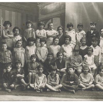 Dora Frank's school